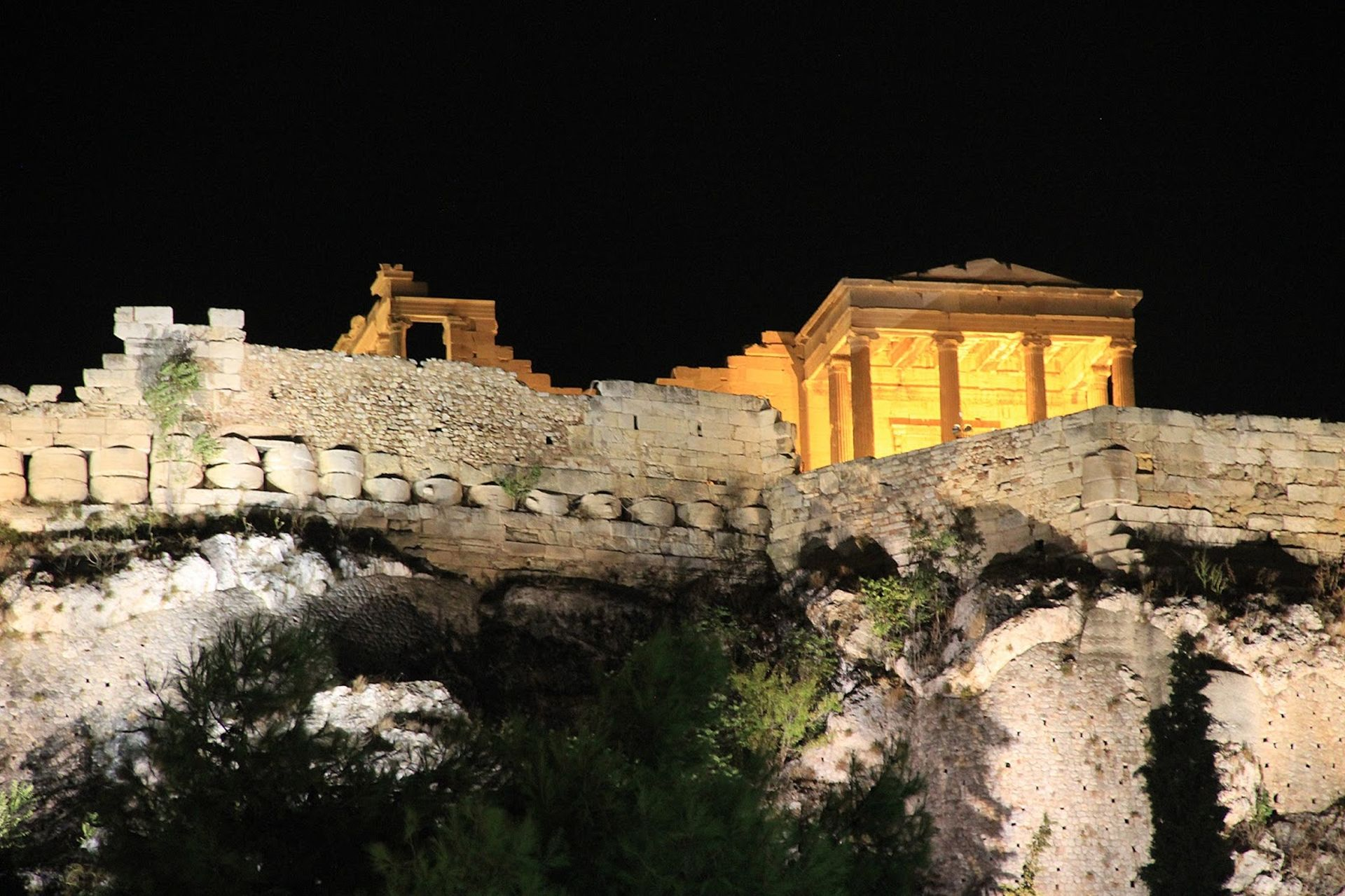 Athens Highlights Evening Tour with Meze Dinner in Small Group - Alojamientos en Atenas
