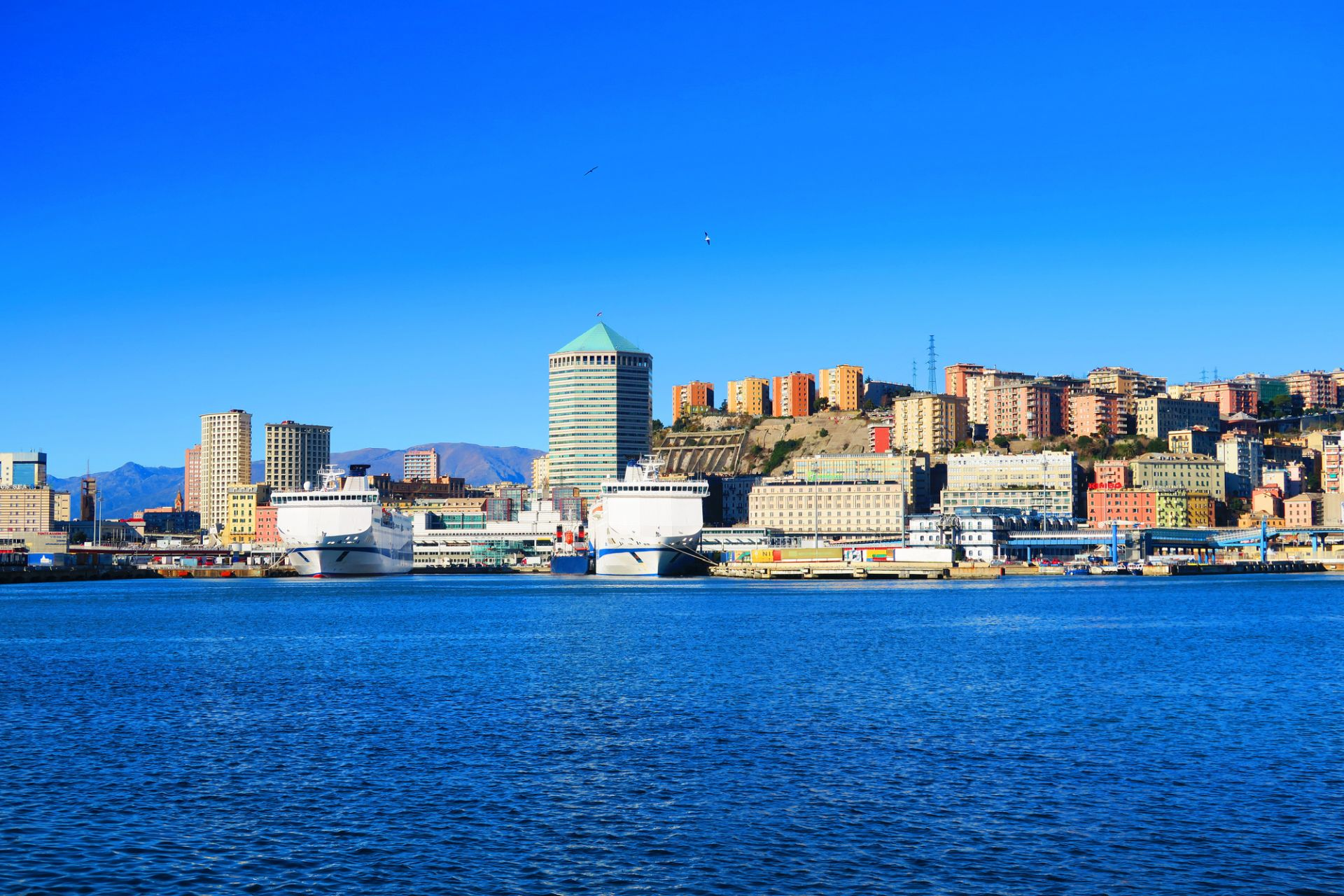 City Sightseeing de Genova Hop On Hop Off en Autobús Descubierto  (24h) - Alojamientos en Genova